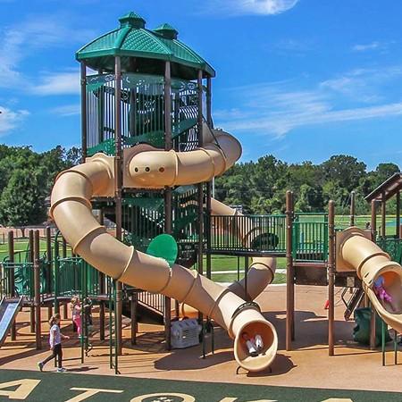 Playground Skybuilders